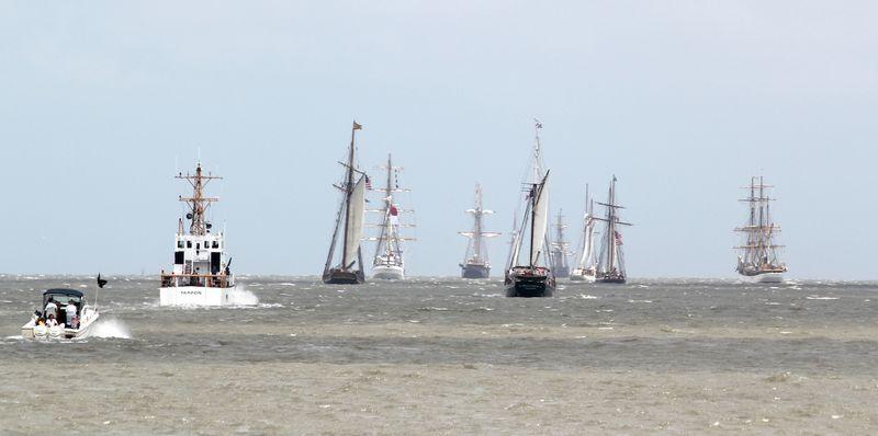 TallshipsEM Leaving_0173