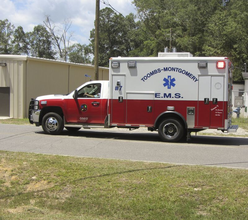 AmbulanceEM2Toombs_9705
