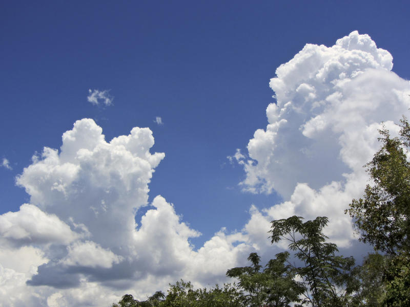 CloudsEM2_2389_1